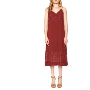 N E W - Willow & Clay Spaghetti Strap Midi Dress